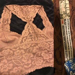 30fd8cac003 Free People Intimates   Sleepwear - NWT Galloon Lace Racerback Bralette in  Cocoa! 🌰
